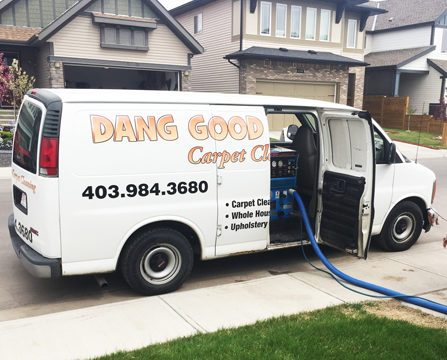 Residential carpet cleaning truck in action